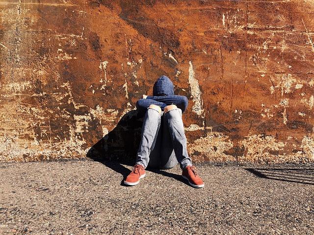 Photo of Social Media = Depression Among Girls and Boys